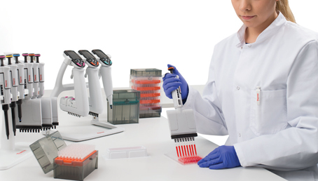 Pipetting & Liquid Handling